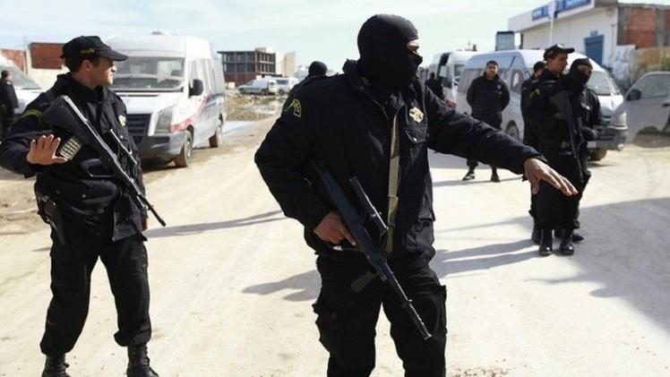تونس: توقيف 29 من أنصار إمام جامع معزول