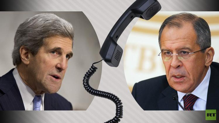 لافروف وكيري يبحثان هاتفيا آفاق التسوية في سوريا بمشاركة الحكومة والمعارضة الوطنية
