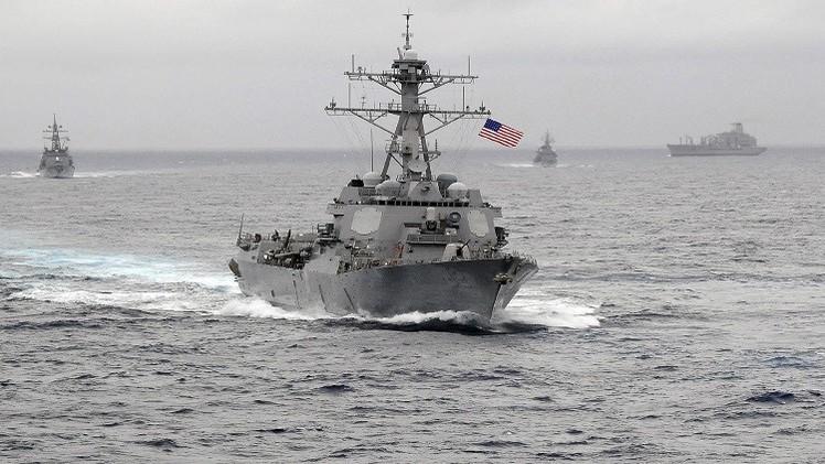 البحرية الصينية تلاحق مدمرة أمريكية في بحر الصين الجنوبي والخارجية تستدعي السفير الأمريكي