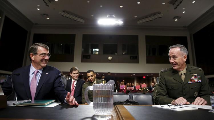 كارتر: روسيا لم تستهدف متدربينا