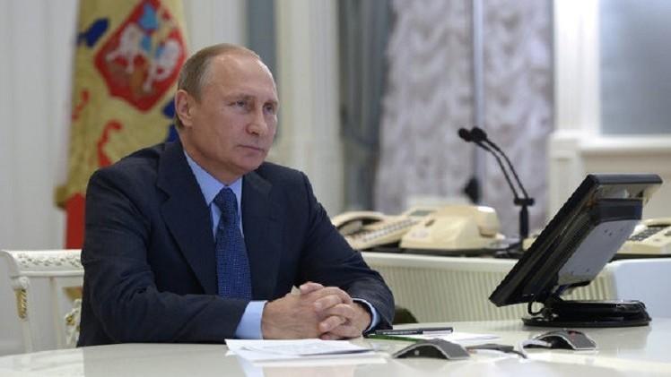 بوتين يوعز ببدء أعمال بناء خط أنابيب لنقل الغاز من شمال روسيا إلى وسطها ومنه إلى أوروبا