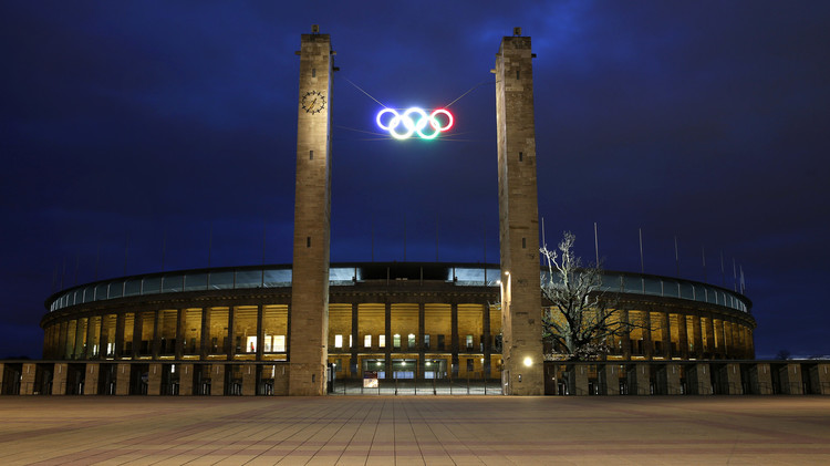 اللجنة الأولمبية الدولية تعلق النشاط الرياضي في الكويت