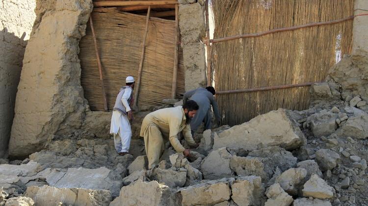 زلزال أفغانستان عند طالبان فوائد