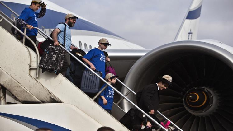 طيار إسباني: لحظات ونهبط في تل أبيب في دولة فلسطين