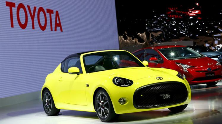 سيارة رياضية صغيرة من تويوتا في 2016