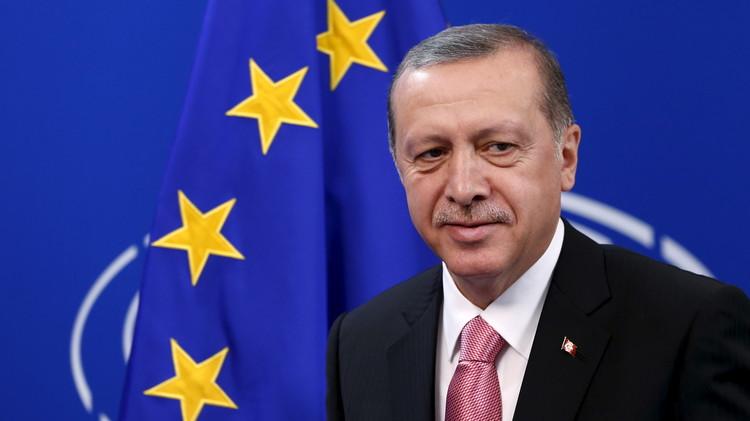 أردوغان: خلافاتنا مع روسيا بشأن سوريا لا تعني وجود صراع بين أنقرة وموسكو