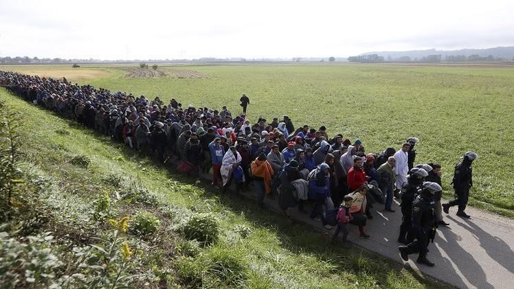هنغاريا تتحدى الاتحاد الأوروبي وترفض استقبال 40 ألف لاجئ