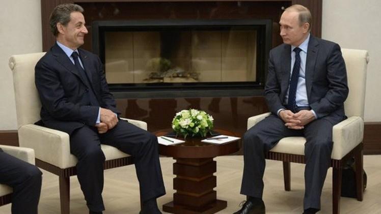 بوتين فاتحا لأوروبا وساركوزي