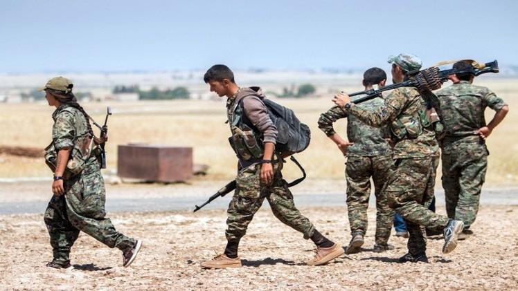 مقاتلون عرب وأكراد بدعم أمريكي يهاجمون