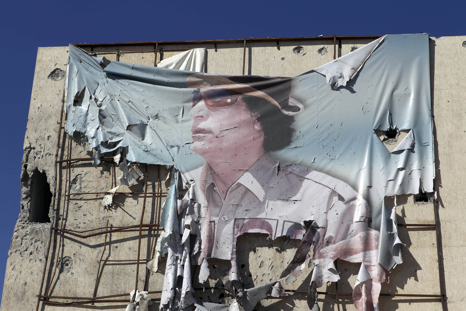 هل ترك القذافي نسخة طبق الأصل عنه قبل رحيله؟