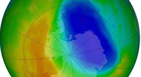 ثقب الأوزون يتضخم ويبلغ حجم مساحتي كندا وروسيا معا