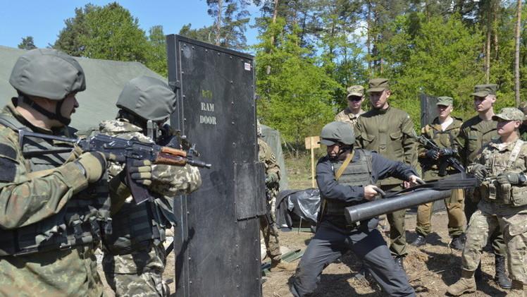 القوات الأمريكية تبدأ الشهر الحالي تدريب 6 كتائب للجيش الأوكراني