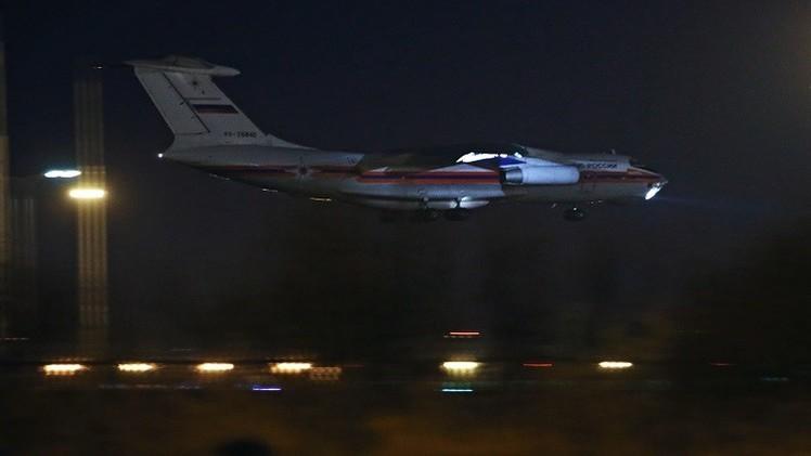الدفعة الثانية من جثامين ضحايا الطائرة المنكوبة تصل سان بطرسبورغ (فيديو)