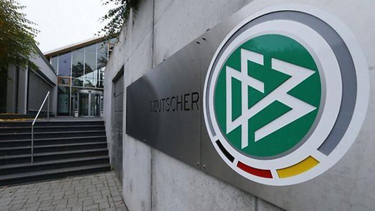 الشرطة تداهم مقر الاتحاد الألماني بسبب مونديال 2006