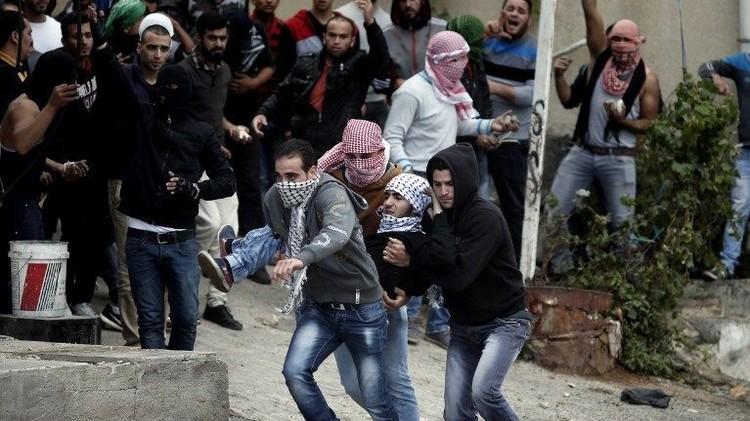 إسرائيل تغلق إذاعة فلسطينية تزامنا مع تفاقم التوتر في الخليل