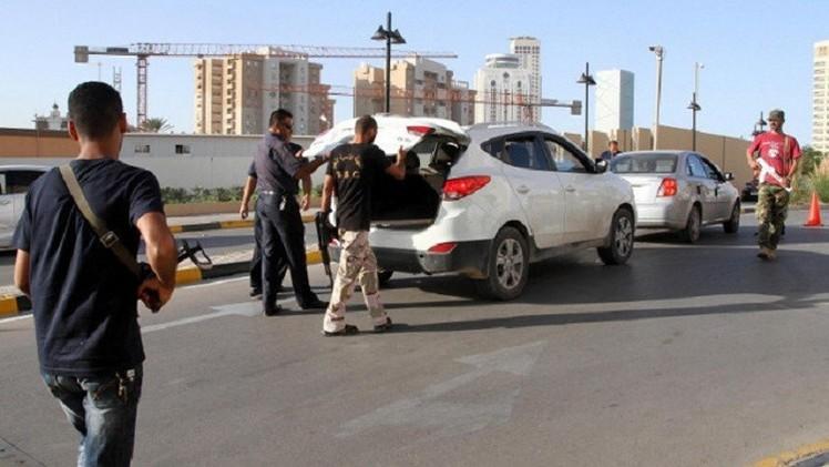 ليبيا.. اختطاف وزير التخطيط في حكومة طرابلس