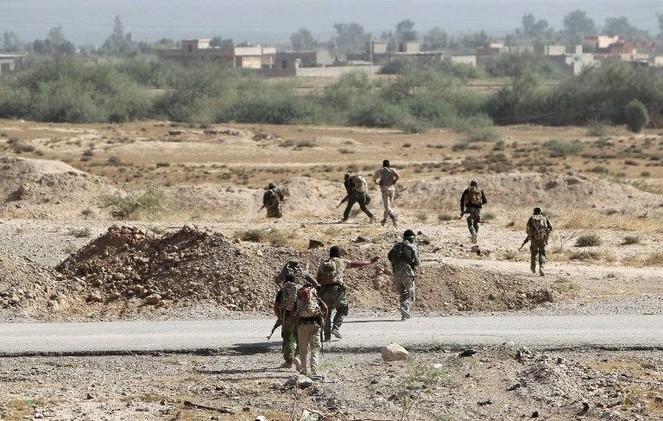 القوات العراقية تقتحم غرب الرمادي وتدعو الأهالي لمغادرة المدينة