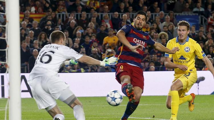 برشلونة يدق أبواب دور الـ 16 لدوري الأبطال بفوزه على باتي البيلاروسي .. (فيديو)