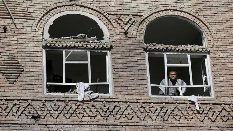 تصريحات متفائلة عن اليمن تصطدم بتواصل للقتال واستعداد لتصعيده