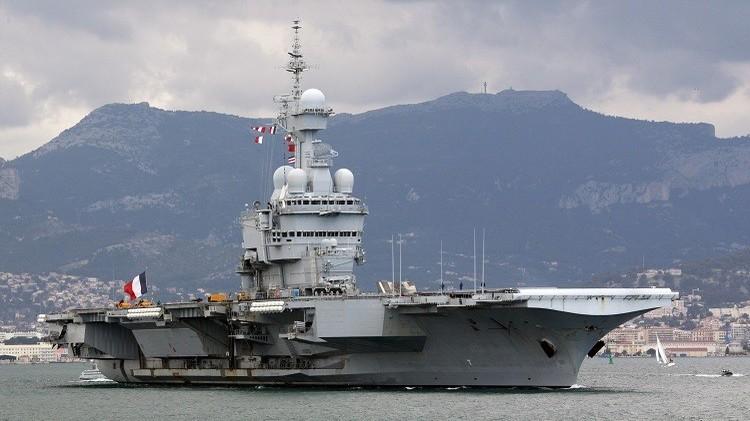 فرنسا ترسل حاملة الطائرات