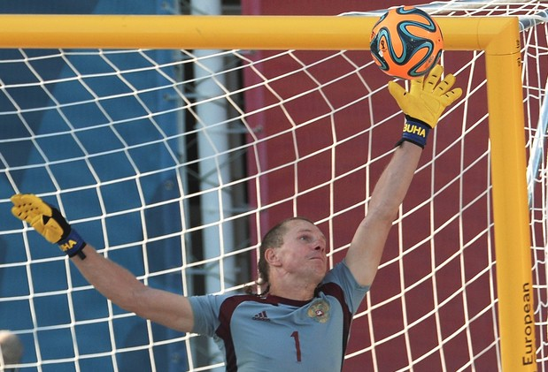 الإمارات تتفوق على روسيا بكرة القدم الشاطئية