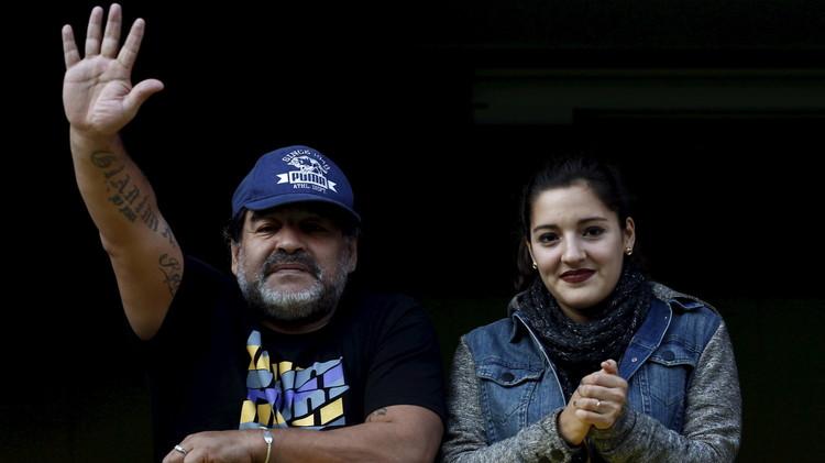 مارادونا وأبو تريكة في المغرب لحضور مباراة نجوم العالم