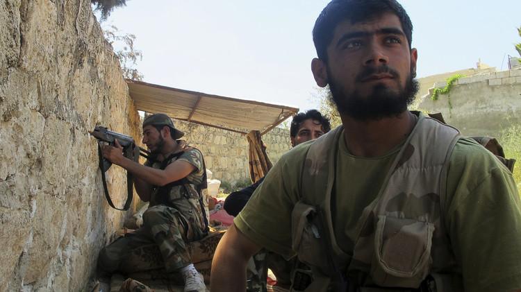 صحيفة: برنامج البنتاغون الفاشل لتدريب المعارضة السورية كلف الخزينة مليوني دولار لكل مقاتل