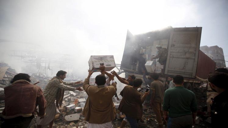 التحالف يغدق على اليمنيين بالصواريخ ويتجاهل الوضع الإنساني