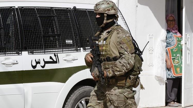 تونس.. القبض على 7 أشخاص خططوا للانضمام لتنظيم