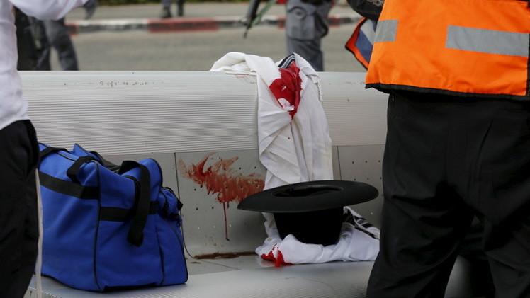 استطلاع: معظم الإسرائيليين يؤيدون قتل أي فلسطيني في حال تنفيذه لعملية طعن