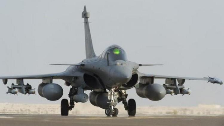 الدفاع الفرنسية: استهدفنا مواقع نفط لـ