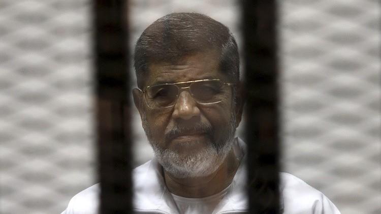 مصر.. تأجيل محاكمة مرسي في قضية