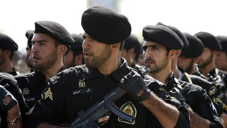 إيران: تفكيك خلية إرهابية موالية لـ