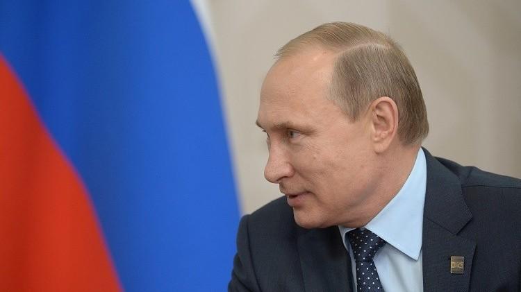 الكرملين: ليس لدى بوتين خطط لزيارة القوات الروسية في سوريا