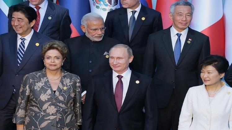 بوتين يجري لقاءات مكثفة على هامش العشرين
