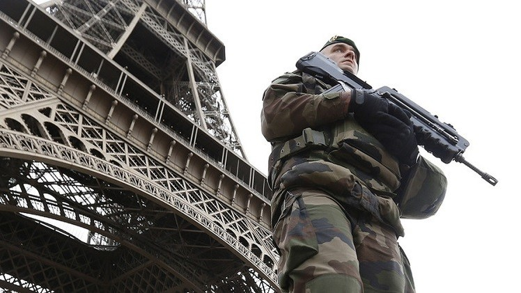 السياحة الباريسية في خطر بعد الهجمات الإرهابية