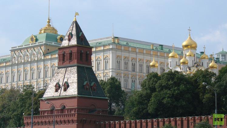 الكرملين: روسيا لا تدرس القيام بعملية برية في سوريا