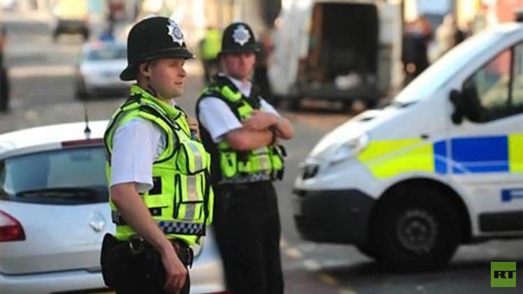 شرطة لندن تفجر سيارة بالخطأ اشتبهت بتفخيخها