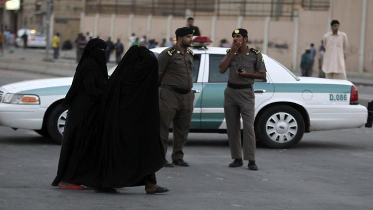 نقاط تفتيش نسائية في مطارات السعودية