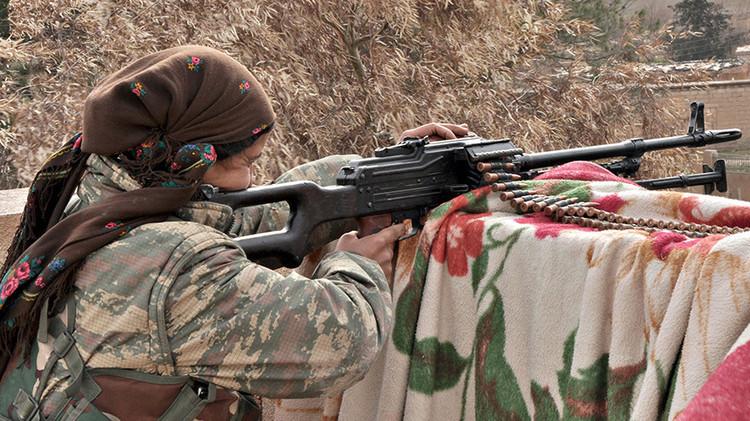 مراهقة بريطانية أمام القضاء بتهمة الانضمام لمنظمة مناهضة لداعش