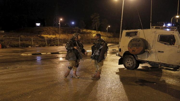 إصابة 4 إسرائيليين بجروح خطيرة في عملية طعن جنوب تل أبيب