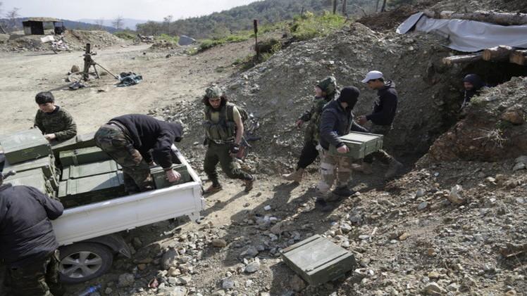 تضارب أنباء حول السيطرة على جبل التركمان في ريف اللاذقية