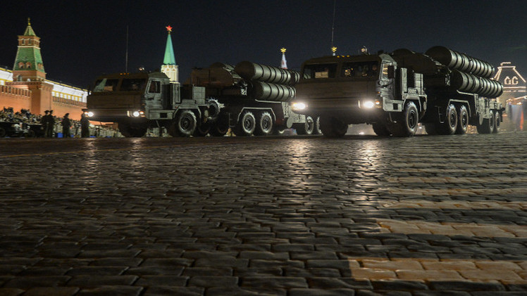 روسيا تبدأ توريد صواريخ