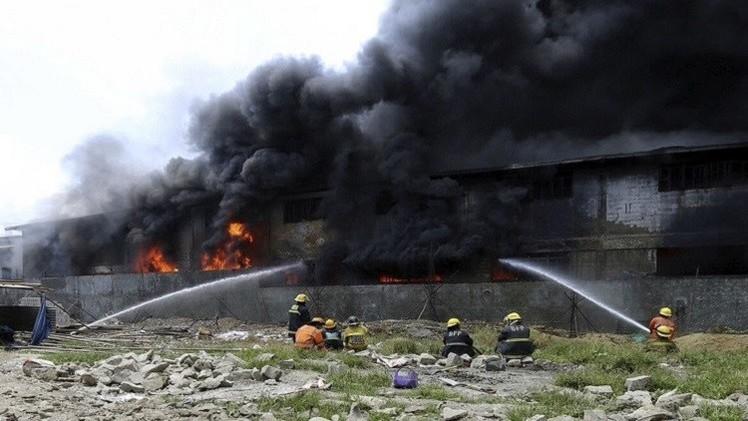 الجزائر.. مقتل 18 شخصا بحريق في مخيم للاجئين الأفارقة