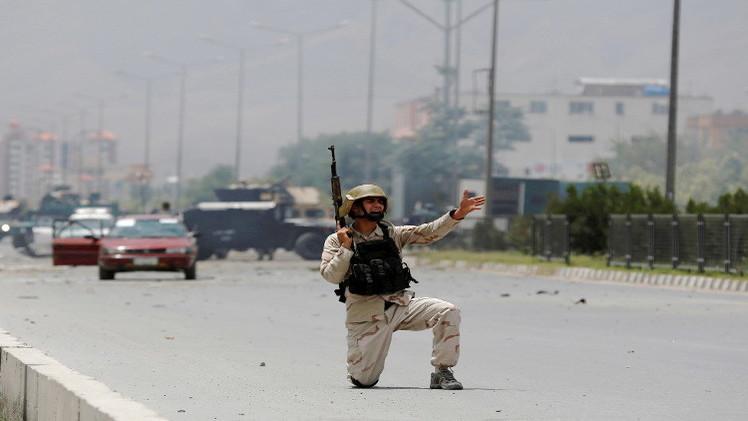 حركة طالبان تأسر 13 جنديا أفغانيا