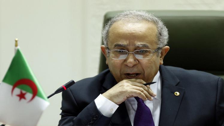 الجزائر تعلن استعدادها لوضع تجربتها في مكافحة الارهاب تحت تصرف تونس
