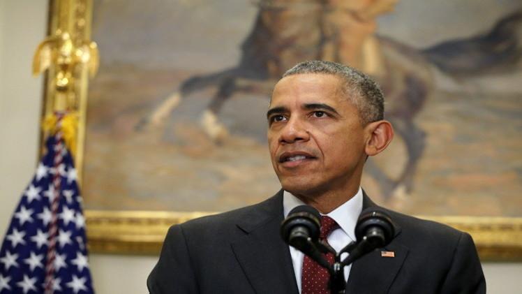 أوباما يوقع على مشروع قانون يسمح بتوريد أسلحة إلى أوكرانيا