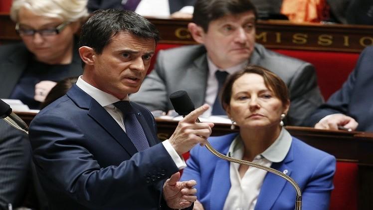 فرنسا تمدد للغارات في سوريا.. وهولاند إلى موسكو