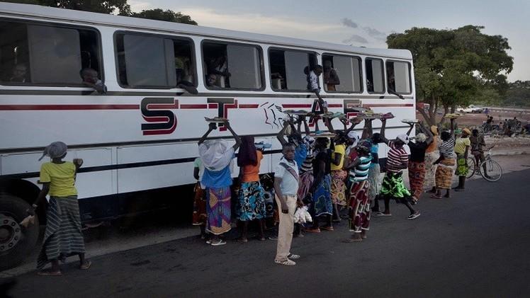 بوركينا فاسو.. غرق 22 شخصا لدى سقوط حافلة في سد
