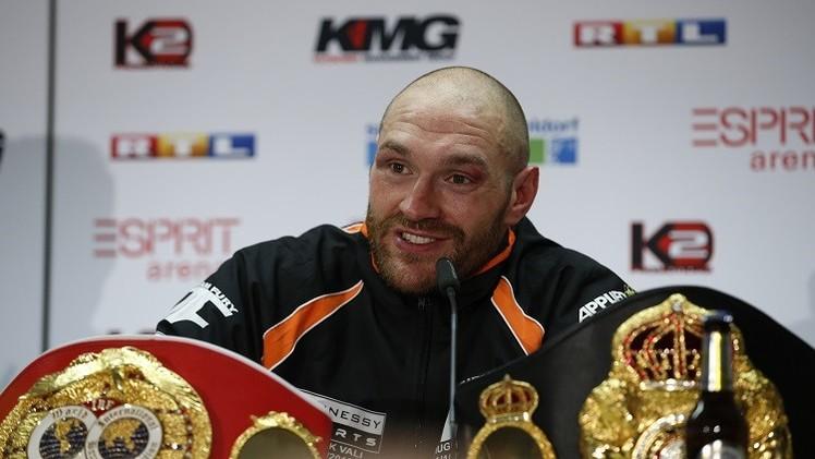 فيوري يفجر مفاجأة بانتزاعه لقب بطولة العالم للملاكمة من كليتشكو (صور وفيديو)